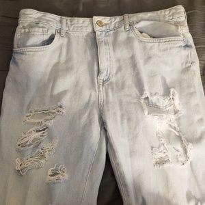 Distress boyfriend jeans